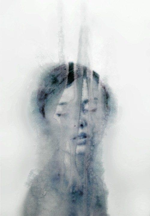 Esther de Groot - Blur (grey)