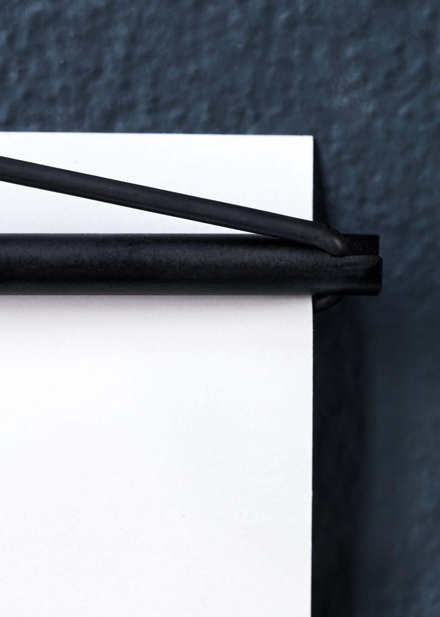 Moebe Poster Hanger Black - THE POSTER CLUB