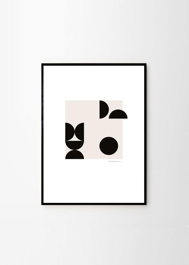 Mille Henriksen - Balancing Objects 01